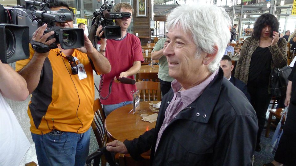 Jody Denberg, Ian McLagan, Mark Bowman Austin-Bergstrom Int'l Airport - April 12, 2012 Seeing Mac off after he got the mayor's RRHOF proclamation as he gets on a plane with JoRae Di Menno on their way to Mac's induction with FACES and The Small Faces into The Rock and Roll Hall Of Fame