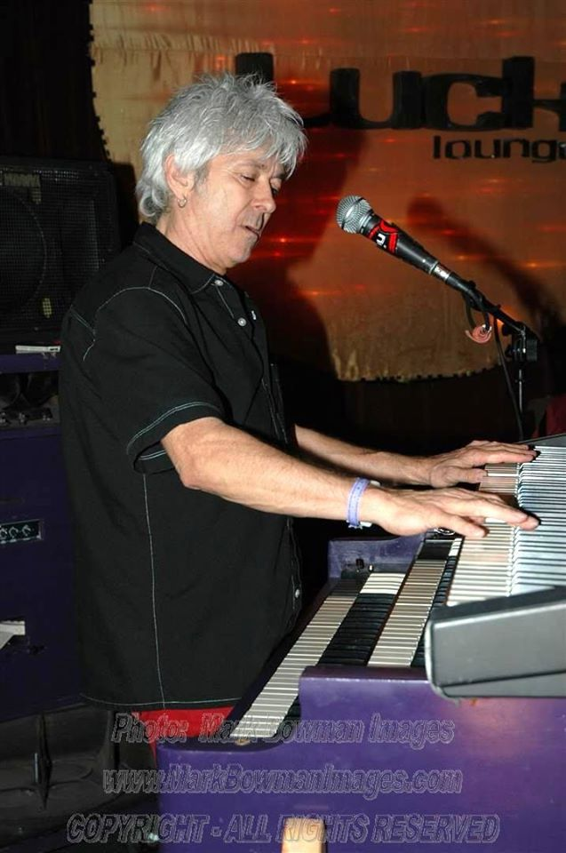 Mark Bowman Images- Ian McLagan on the B3 at The Lucky 2